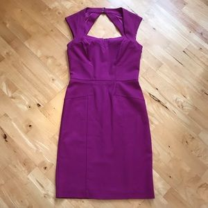 WHBM Magenta fitted dress w/sweetheart neckline
